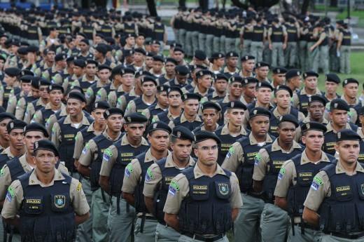 Militares podem ser proibidos de participar de concurso interno por não possuir diploma superior ou curso específico